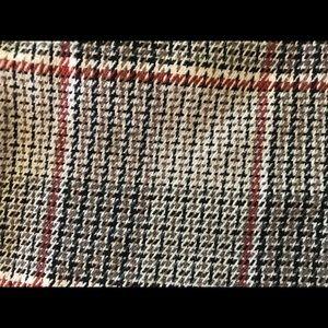 High waisted plaid knit shorts